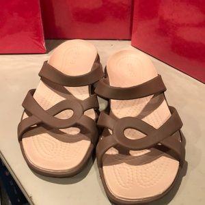 NEW CROCS Sandals Women's 9
